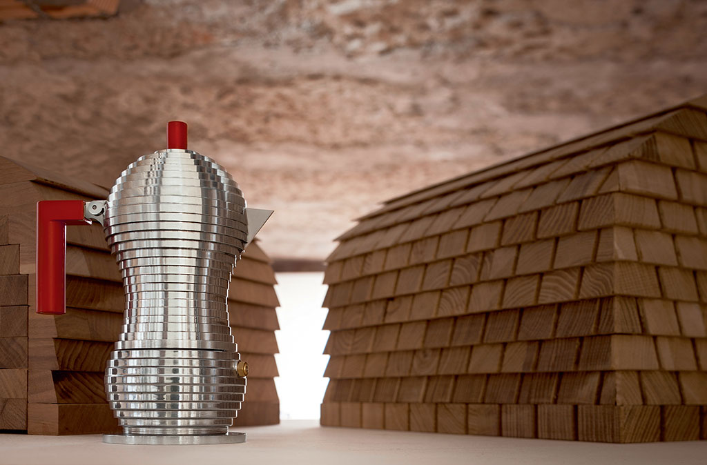 Alessi - Pulcina coffee pot, made of cast aluminum designed by Michele De Lucchi