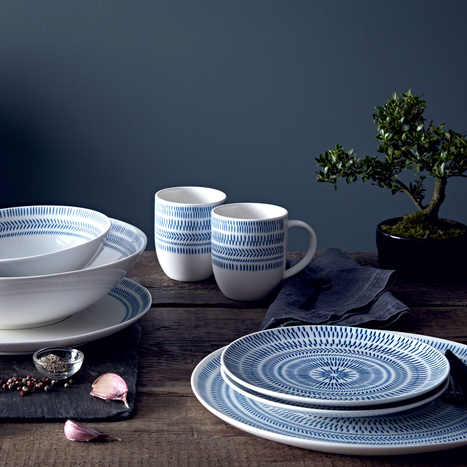Royal Doulton - Dots Dark Blue Chevron, contemporary lines designed for an informal but refined table